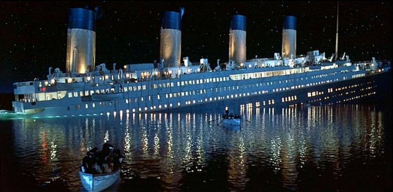 rms-titanic-sinking